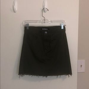 Straight Mid Rise Army Green Skirt